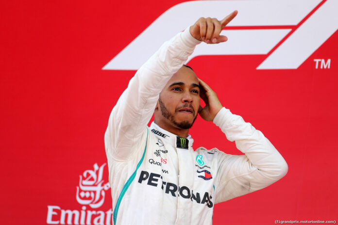 Lewis Hamilton dichiara guerra: