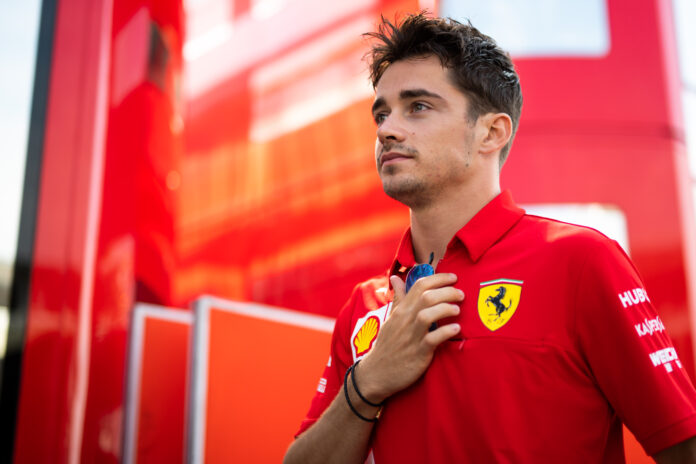 #EssereFerrari è cuore e follia