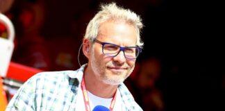 Villeneuve spinge Vettel in Red Bull