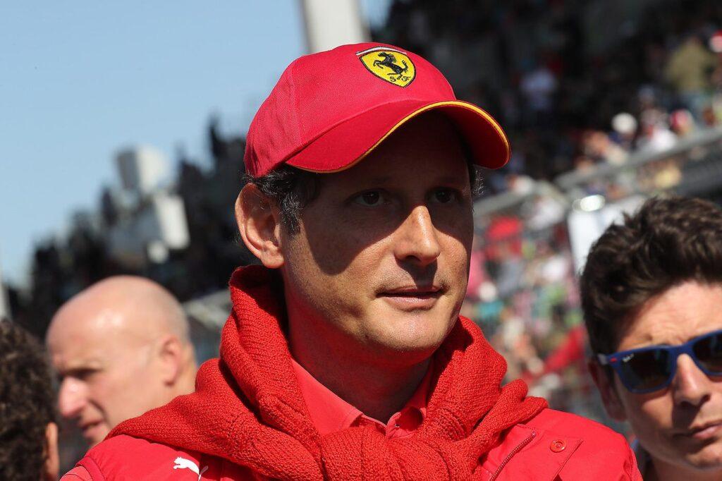 """Le """"banalità"""" di Elkann offendono la Ferrari"""