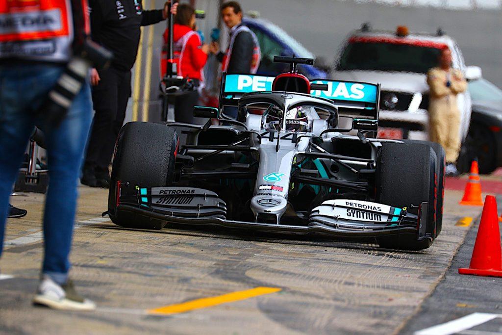 Lewis Hamilton a bordo della sua Mercedes W11