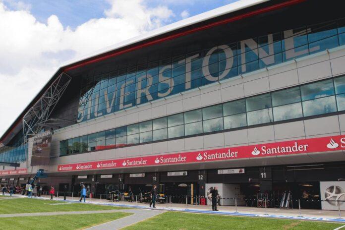 Decisione governo britannico: impatto su Silverstone e... sui team