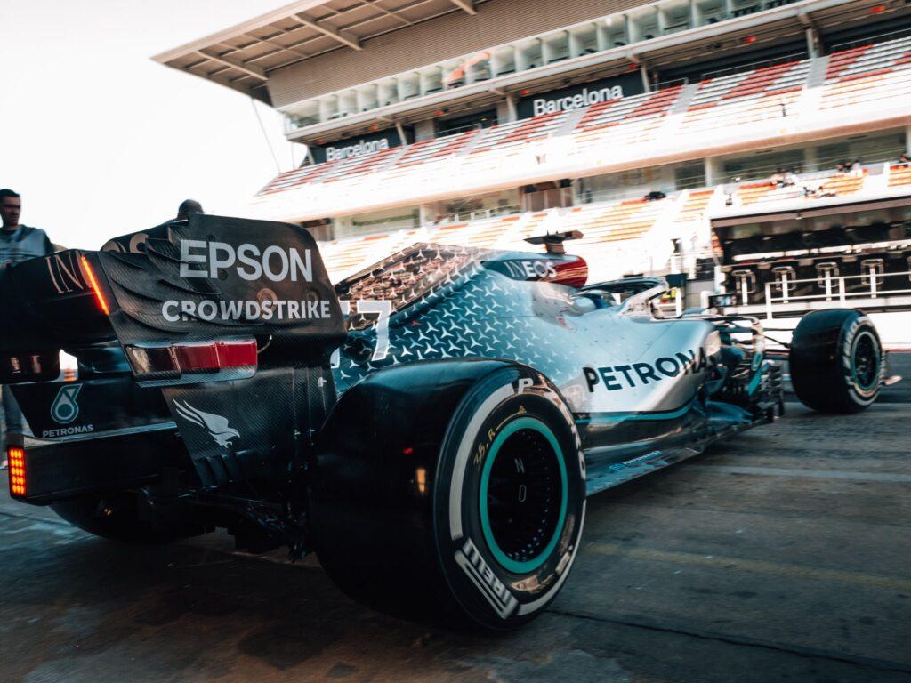 Dietrofront Mercedes: budget cap a 145 milioni