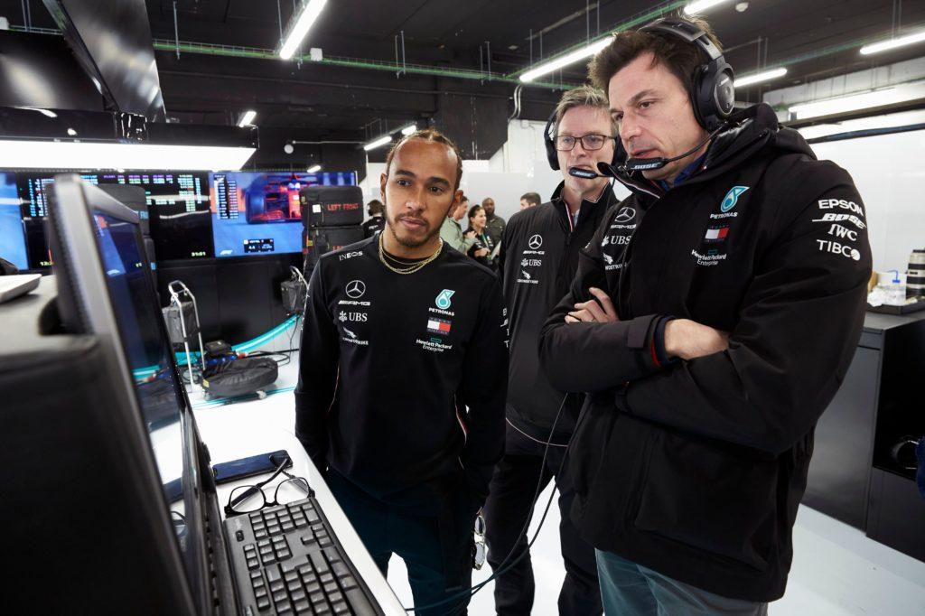 Horner spinge sul nuovo format: 5 sprint race per battere Hamilton