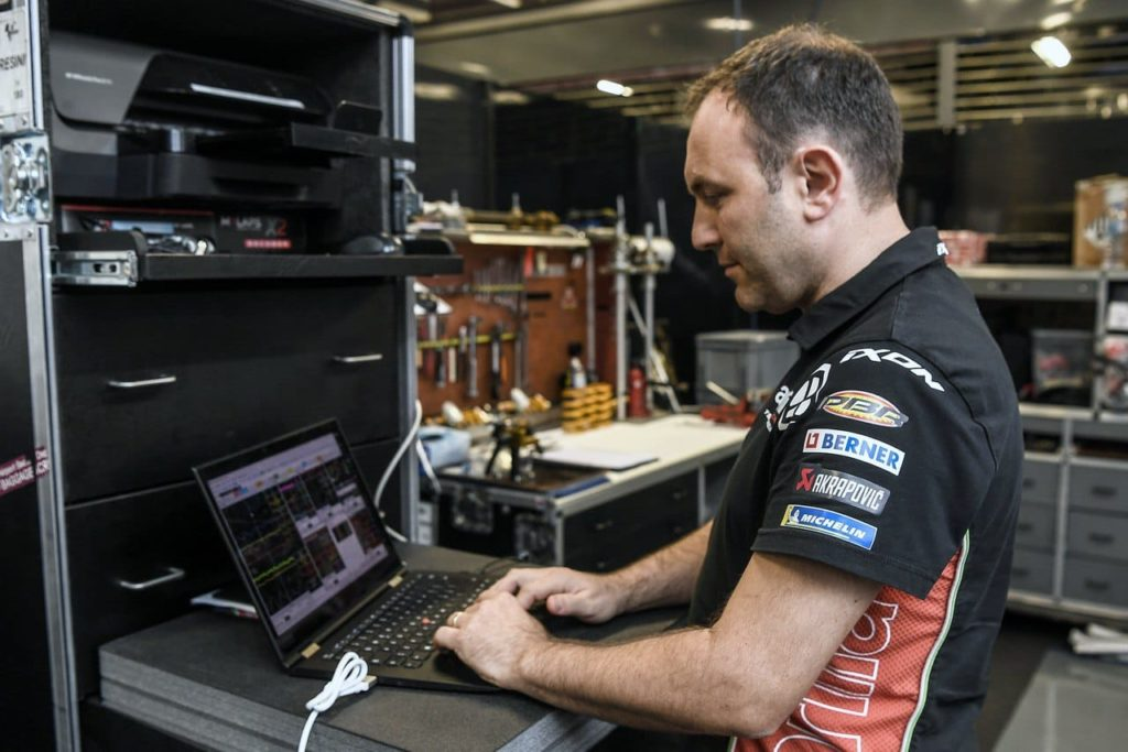Motorcycle Race Engineering