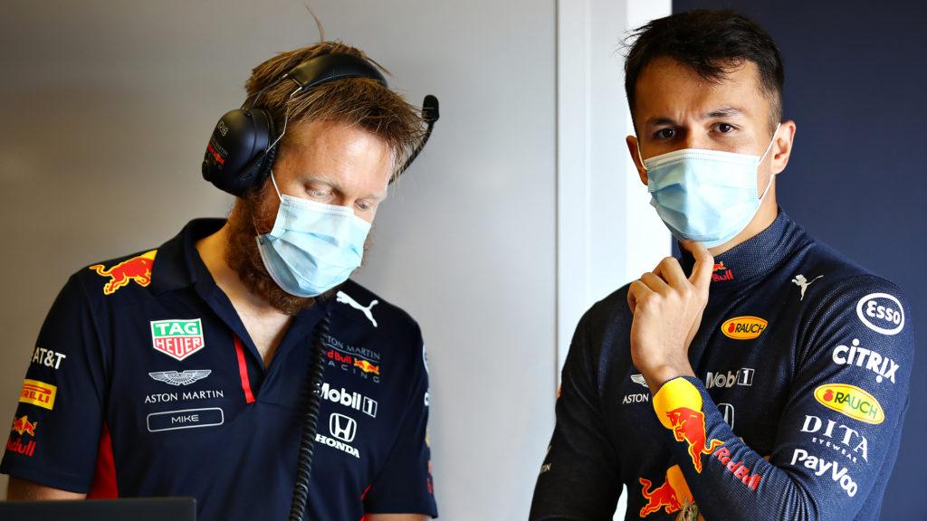Horner vuole le scuse da parte di Lewis Hamilton per il contatto con Alexander Albon