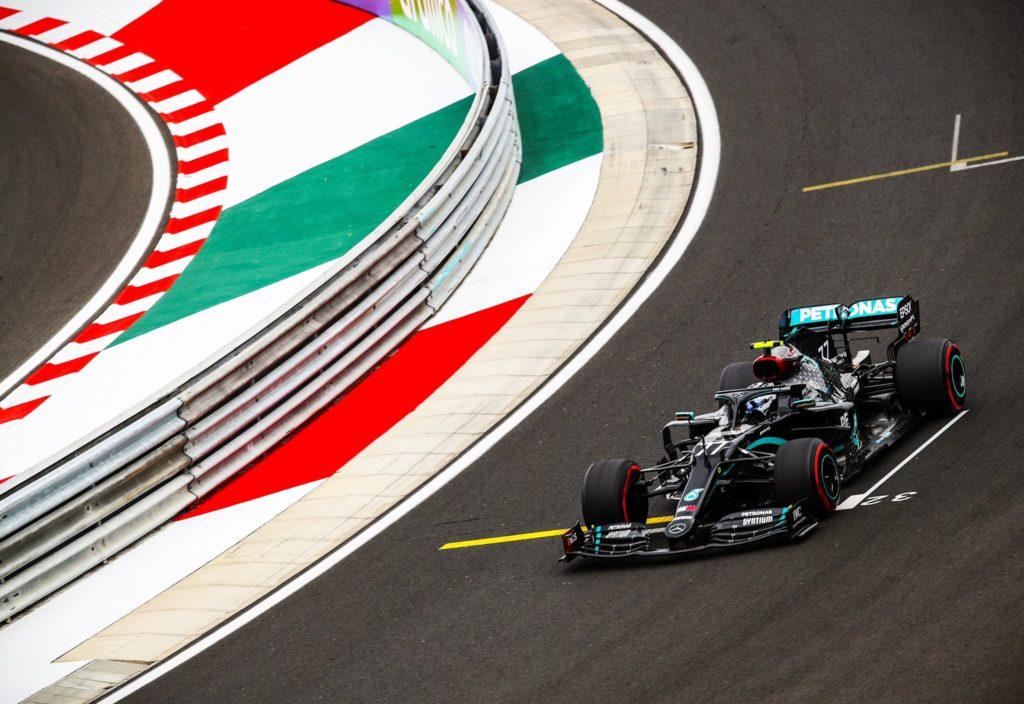 Mercedes: obiettivo demolire gli avversari
