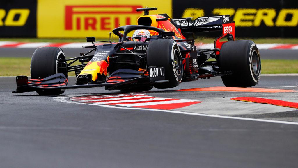 Verstappen alla guida della RB16 all'Hungaroring