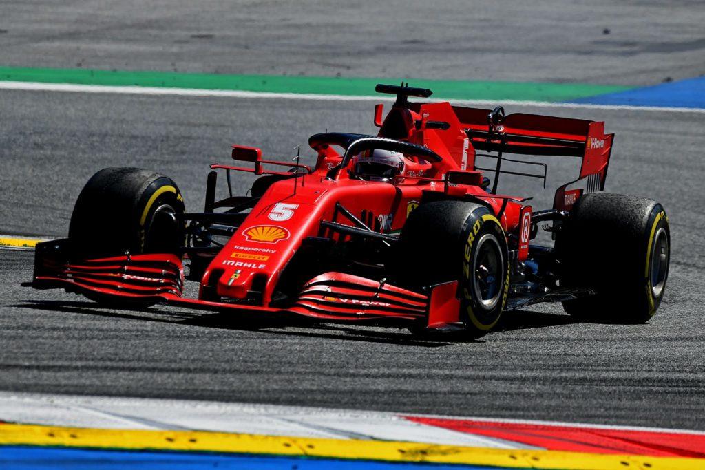 Sebastian Vettel alla guida della SF1000 al Red Bull Ring