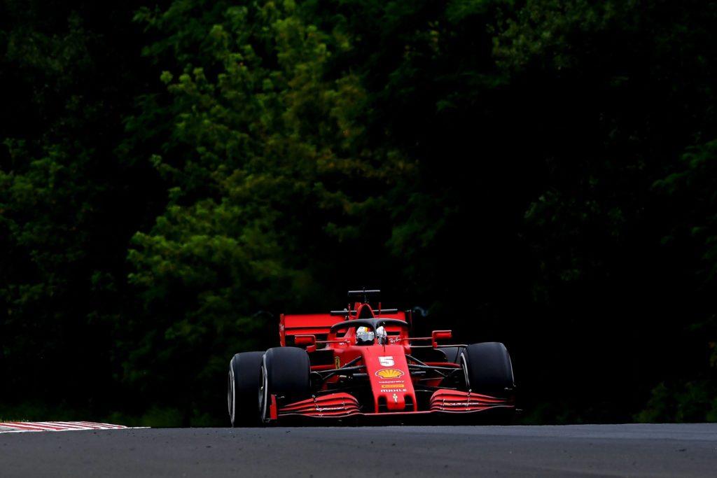 Vettel alla guida della SF1000 al Red Bull Ring