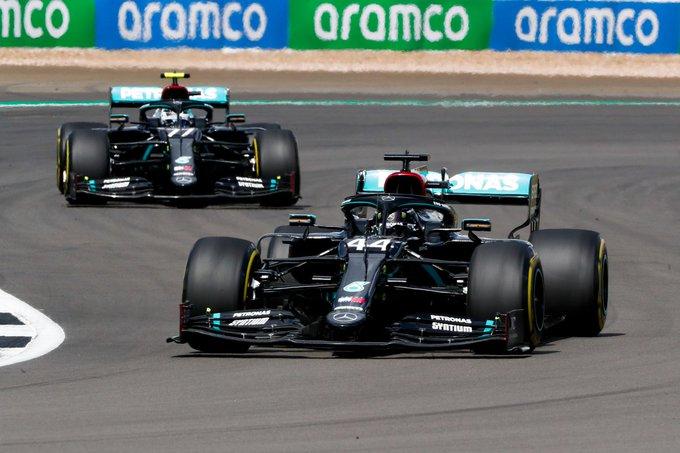 """Hamilton secondo e insoddisfatto: """"Le pressioni alte ci penalizzano"""""""