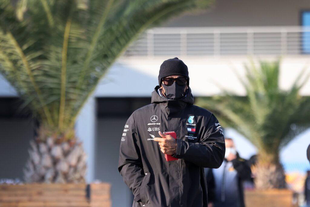 """Hamilton: """"Non capisco perché le altre squadre si ostinino a non copiarci"""""""