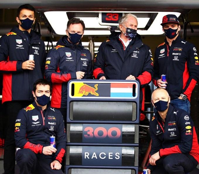 Verstappen: stavolta le critiche arrivano dalla squadra...