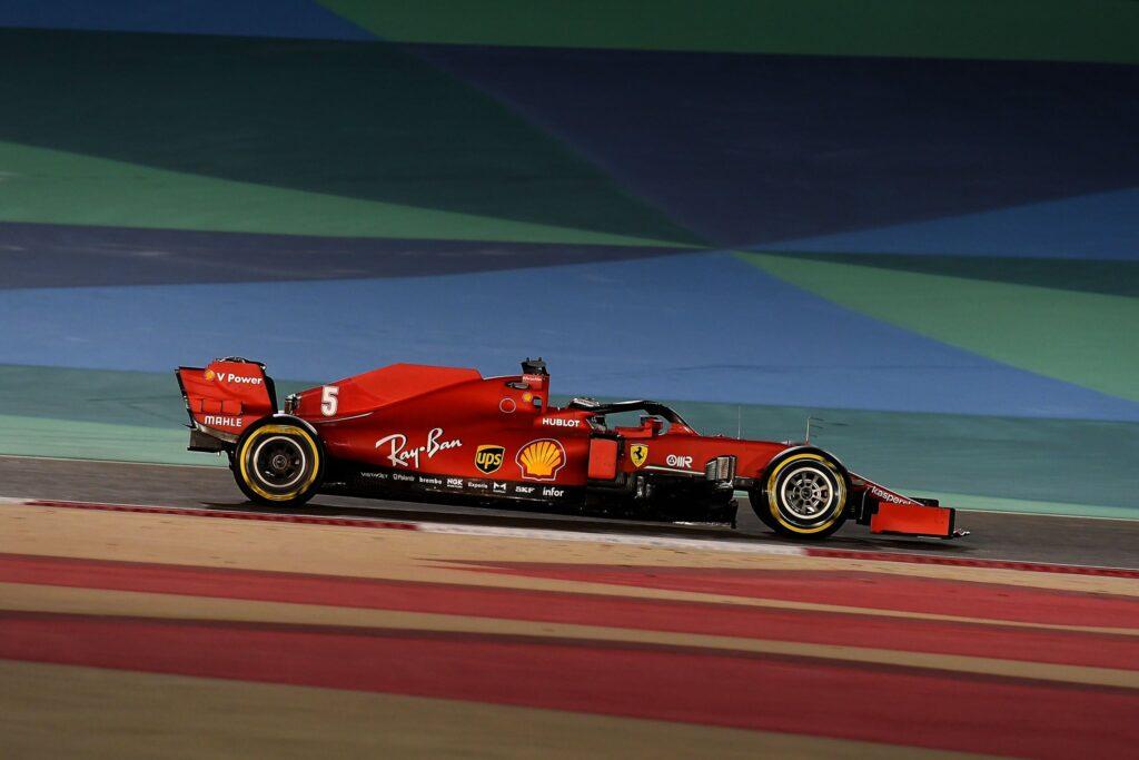 """Vettel: """"Conosciamo i problemi, domani dovremo essere delle volpi..."""""""